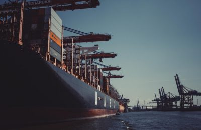 Discussing The Various Benefits Of Freight Shipping With A Pro
